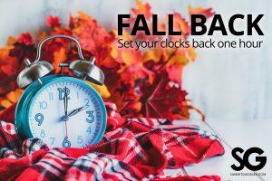 Daylight Savings Time: fall back with a clock