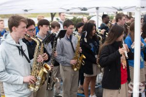 LaRosa's: group of high school kids playing band instruments